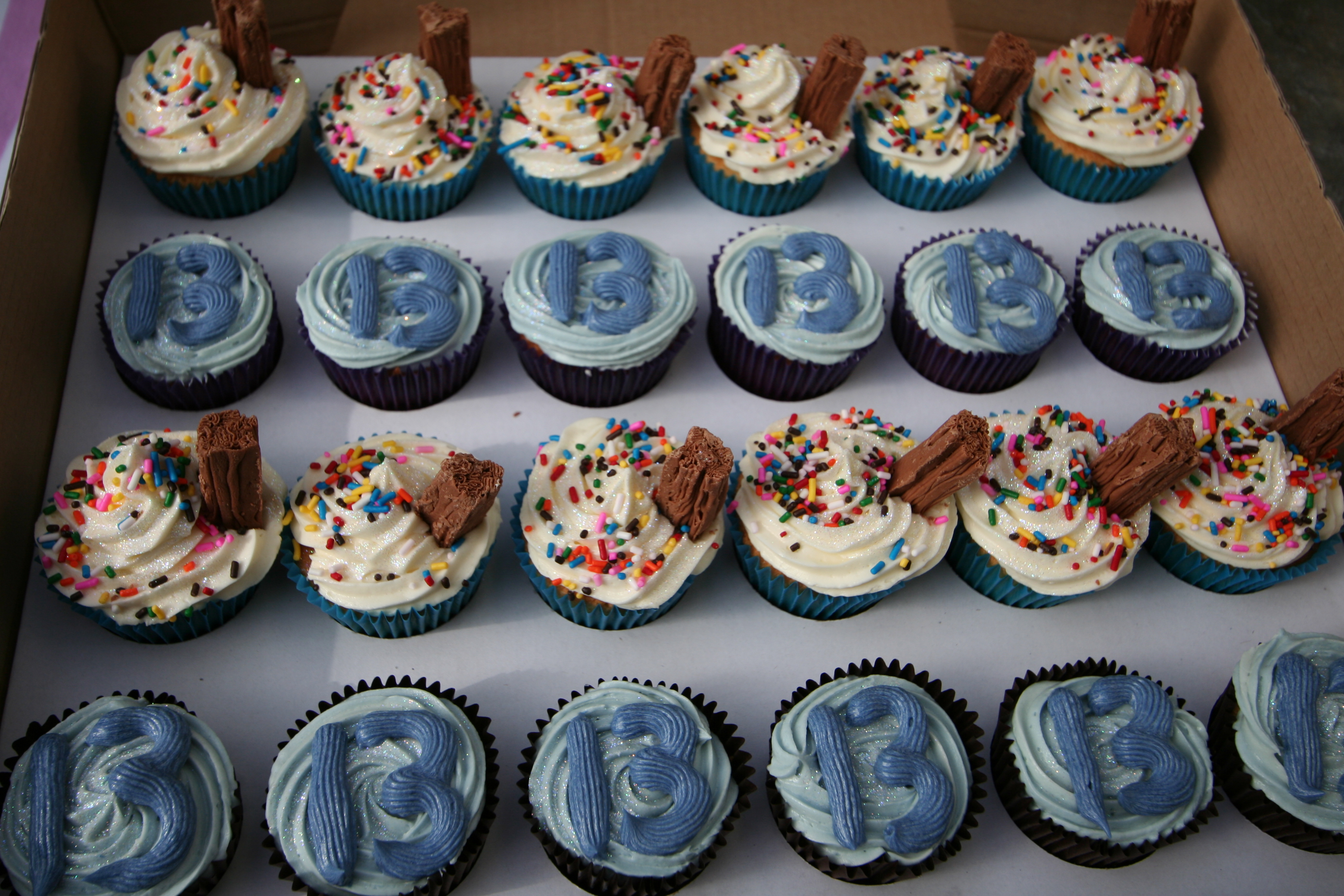 13th Birthday Boy Cupcakes Ivys Cupcakes